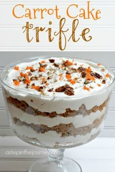 Cake Trifle Delicious Carrot Cake Trifle with AMAZING cream cheese whipped cream! Perfect dessert for Easter & Spring!Delicious Carrot Cake Trifle with AMAZING cream cheese whipped cream! Perfect dessert for Easter & Spring! Dessert Parfait, Trifle Desserts, Mini Desserts, Easy Desserts, Delicious Desserts, Trifle Cake, Desserts For Easter, Dessert Trifles, Plated Desserts