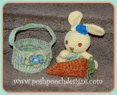 Easter Carrot Pouch Free Crochet Pattern By Sara Sach of Posh Pooch Designs Easter Carrot Pouch is a fun little Crochet Pat. Easter Crochet Patterns, Crochet Bunny, Crochet Toys, Free Crochet, Crochet Ideas, Easter Dyi, Amigurumi Doll, Spring Crafts, Stuffed Toys Patterns