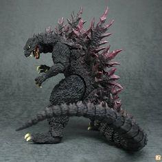 Bandai Tamashii Nations Godzilla 2000 Millenium - S. Godzilla Figures, Godzilla Toys, Godzilla Enemies, Giant Monster Movies, Godzilla Wallpaper, Cool Monsters, Creature Feature, Figure Model, King Kong