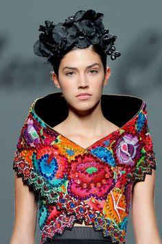 Meche Correa http://www.vistelacalle.com/121587/meche-correa-artesana-de-la-moda-peruana/