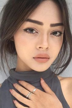 maquillaje con labios nude | Natural