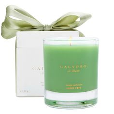 CALYPSO PERFUME PROD INC. HERBE D'ETE bougie parfum ($45) ❤ liked on Polyvore featuring home, home decor, candles & candleholders, fillers, candles, green, green fillers, decor, french candles and french scented candles