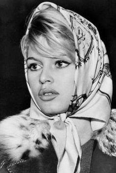 Brigitte Bardot. In this photo reminds me of Shakira