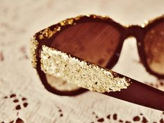 Glitter glasses | 18 Easy Ways To Spruce Up Your Sunglasses