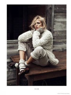 anja-rubik для октябрьского Vogue Paris.