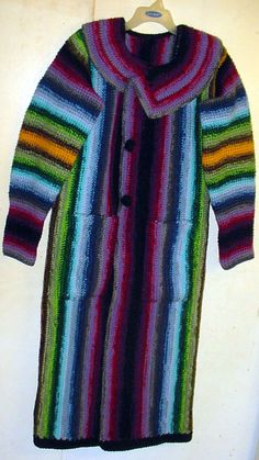 A vertically crocheted coat by the famous Art Spooner. Be sure to check out his website to see more vertically crocheted pieces.