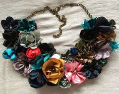 Mixed Fabric Flower Necklace 25 $ USD Artfabricflowers-Instagram Artfabricflowers by Aleymy- YouTube  channel
