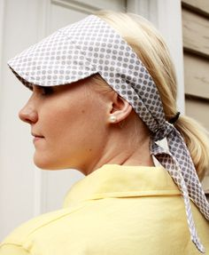 Items similar to Fabric sun visor - grey dots - style - tie back on Etsy Diy Headband, Headbands, Easy Sewing Patterns, Hat Patterns, Sun Protection Hat, Diy Hat, Visor Hats, Doll Hair, Kids Hats