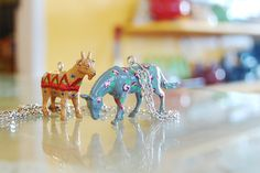 tutorial: DIY floral plastic animal toy jewelry