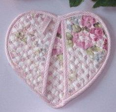 heart shaped quilted pot holders - Google Search