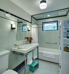 Vintage Bathroom - Still Very Stylish | Content in a Cottage