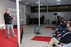 Jak uruchomić wyobraźnię, żeby tworzyć rzeczy niezwykłe? Jak zbudować superstaff? Miedzy innymi na te pytania porywająco i energetycznie odpowiadał Jurek Owsiak.  Porywający wykład Jurka Owsiaka podczas Targów Event Solutions!