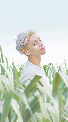 Resultado de imagen para shinee jonghyun wallpaper