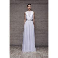 White Dress from Pol dsgn Formal Dresses, Wedding Dresses, White Dress, Womens Fashion, Fashion Design, Spain, White Gowns, Night, Dresses For Formal
