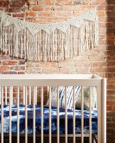 """Your baby's crib is a focal point of his nursery and these crib sheets will make it a showstopper, taking the boho chic trend we're all loving right now. - 52"""" l x 28"""" w x 8"""" d - Fits a standard size"""