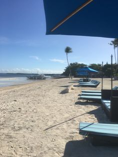 Our holiday in Alona Beach, Panglao Bohol. Panglao is among the famous beaches in the Philippines because of its fine white sand. I am sharing our adventure, our stay in the lovely hotel and our satisfaction with all the food.