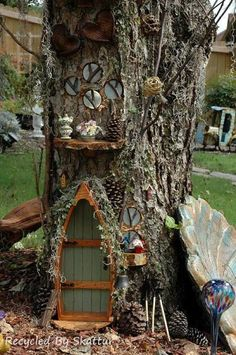 10 Step by Step 'Recipes' for fairy gardens you can create around any tree in your garden, plus, a look into the deep foresty world of fairy house maker, Sally Smith and a fascinating video of how she works! | Flea Market Gardening #NoteStreamApp #garde