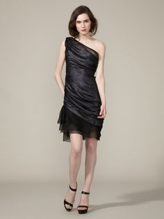 Usually not a fan of asymmetrical dresses, but i like this one!