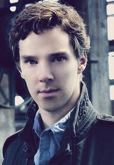 Was he, like, twelve here?? He looks so young in this photo that I'm even feeling guilty for finding him hot.