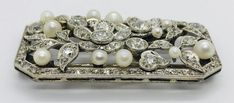 Art Deco diamond and pearl brooch Vintage Jewellery, Vintage Brooches, Antique Jewelry, Art Nouveau Jewelry, Jewelry Art, Pearl Brooch, Art Deco Diamond, Diamond Are A Girls Best Friend, Corsage