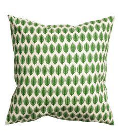 Kolla in det här! Ett kuddfodral i bomullskvalitet med tryckt mönster. Dold dragkedja.  - Besök hm.com för ännu fler favoriter.