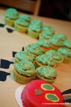 Der diesjährige Kindergeburtstag stand ganz im Zeichen der Raupe Nimmersatt. In die Kita gab es eine Nimmersatt aus Cupcakes mit und zur Geb...