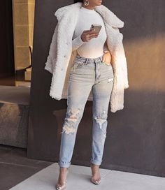 Discovered by Emma. Find images and videos about fashion, style and outfit on We Heart It - the app to get lost in what you love. Winter Fashion Outfits, Fall Winter Outfits, Look Fashion, Teen Fashion, Autumn Winter Fashion, Swag Fashion, Fashion Pants, Fashion Fashion, Retro Fashion