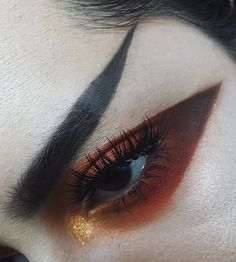 Day 8-100 Eyebrows ▪️ #anastasiabeverlyhills ash brown and brow gel Eyes▪️ #limecrimemakeup Venus II mustard, jam and mud Superfoil in gilded carriage #viseart dark matte palette #meltcosmetics rust stack in rott and rust
