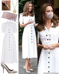 The Duchess, Duchess Of Cambridge, Prince Charles And Diana, Princesa Kate Middleton, Royal Dresses, Kate Middleton Style, Wiggle Dress, Princess Kate, Royal Fashion