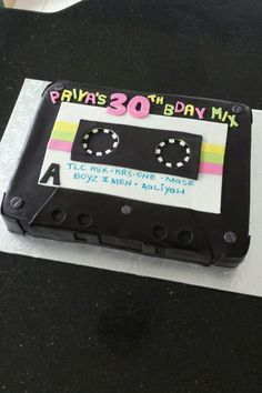 Cassette Tape Cake made by Miamar Event Styling 13th Birthday Parties, Birthday Cup, Birthday Party Themes, Bolo Youtube, 80s Party Decorations, Hip Hop Party, Adult Party Themes, 80s Theme, Skate Party
