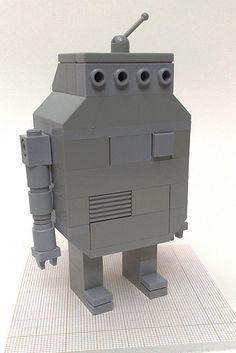 Lego Robot 5 | Tom Gauld