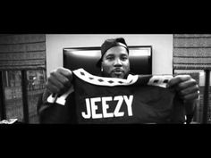 "Jeezy – Seen It All Live Tour (Documentary)- http://getmybuzzup.com/wp-content/uploads/2015/10/jeezy-650x354.jpg- http://getmybuzzup.com/jeezy-seen-it-all-live-tour/- By Ryan Marsh Young Jeezy teamed up with 2 Chainz and Migos for their ""Pipe It Up"" remix last week, and since has announced that he will be embarking on his Church In These Streets concert series. Now, the Atlanta rapper serves up footage documenting his most recent Seen It All Live tour for the ...- #Docu"