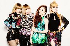 Billboard exclusively goes backstage at the K-Pop darlings' first U. arena show. Kpop Girl Groups, Korean Girl Groups, Kpop Girls, K Pop, Heavy Metal, Rap, Japanese Singles, Moda Streetwear, Hip Hop