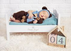 Newborn baby boy with teddybear photo idea