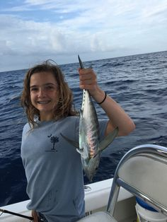 Fearless Fishing Report for March 20 (#Islamorada, FL): We fished a full day with this nice family today and started off by running #Offshore to the #Hump. We were able to catch a couple of Blackfin #Tunas, but there wasn't as much action as I was hoping for. So we came back to the edge of the Reef where we had some great #Kingfish action as well as a couple of Bonitos. Seas were 1 to 3 feet #fearless #fishing #report #charter #captjoehendrix