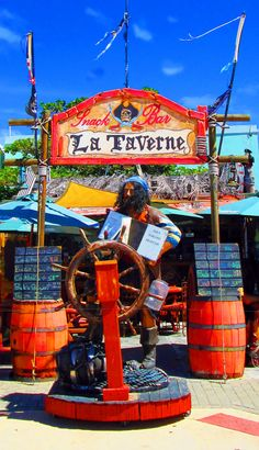 La Taverne Restaurant St Maarten  | Love's Photo Album