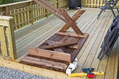 Wooden Tables, Diy Table, Deck, Diy Projects, Outdoor Decor, Crafts, House, Outdoors, Home Decor