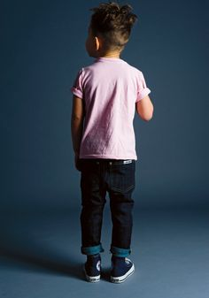 rolled up skinny jeans converse and pink polo boy kid style look