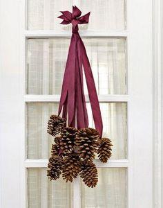 orties et coquelicots des decorations de noel diy pinecone decor pinecone