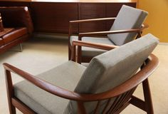 DUX chairs: upholstery note