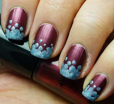 The Nail Buff: Dotted Holo Gradient