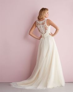 The back of this Allure Romance gown style 2716 is covered with gorgeous symmetrical lace detailing.