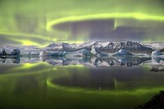Jaw-dropping Aurora View Wins 2014 Astronomy Photo Contest http://oak.ctx.ly/r/23ya8