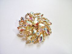 juliana delizza elster flower pinwheel brooch pin aurora borealis rhinestone can use for pendant necklace vintage /www.etsy.com/shop/FRANSCOSMETICSBARGIN