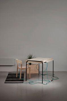 Contemporary furniture Desktop Unplugged designs