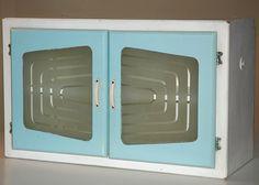 Vintage Kitchen Cabinets - AtomicSpaceJunk.com