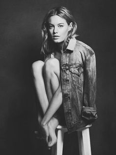 Camille Rowe | French Girl Fashion | Supermodel Photos | Black and White Photo | Denim Outfit | Vintage Vibes | Vogue Styling