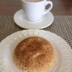 Bom dia! Quinta feira de muita força e esperança pra todos nós! Café da manhã : leite desnatado com nescafe e #bolodecanecajogaucha adoro esse bolinho da linda @jogaucha2 ele me salva nos dias de #pp receita nos comentários  #dukan #dukanmg #dukanbrasil #dukanalfenas #dietadukan #dietadukanbr #dukanianas #dukanetes #dukandiet #dieta #projetomimis #projetoviverdukan #projetocarolbuffara #projetojogauchasarada #saude #vidasaudavel #dieta #emagrecer #vemcomadri #atitudeboaforma #saúde…