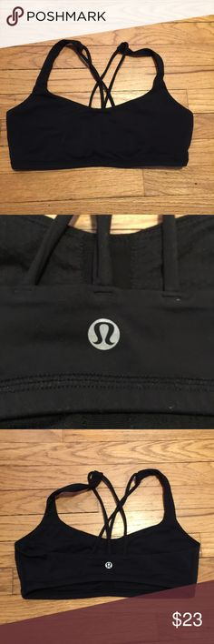 Lululemon black workout yoga sports bra - sz 8 Lululemon black workout yoga sports bra - sz 8. Armpit to armpit - 15 inches. Length - 11 inches. Excellent condition lululemon athletica Tops Tank Tops