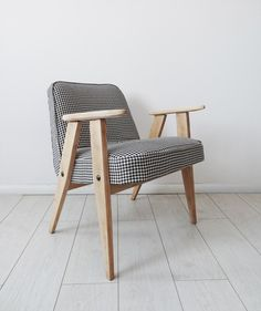 chair dots, Polish design, furniture from the 60s, easy chair, an old chair, design 2016, Fotel 366 z lat 60-tych proj. Józef Chierowski - Kolorum -